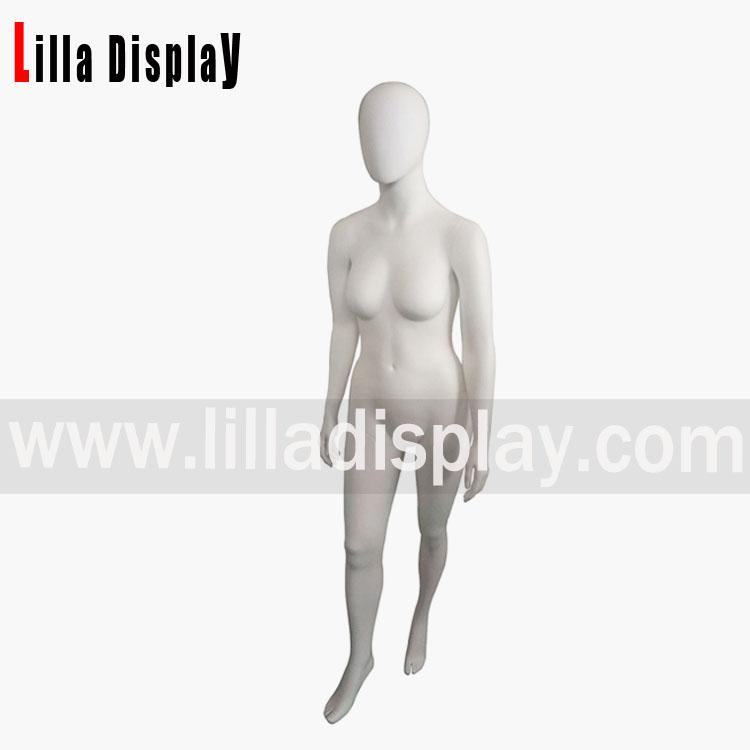 mannequins femmes de taille plus