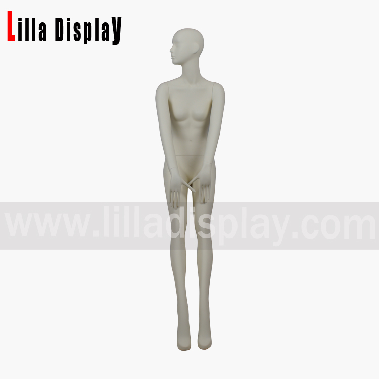 Maxmara store display female stylized sitting mannequin Gianna06