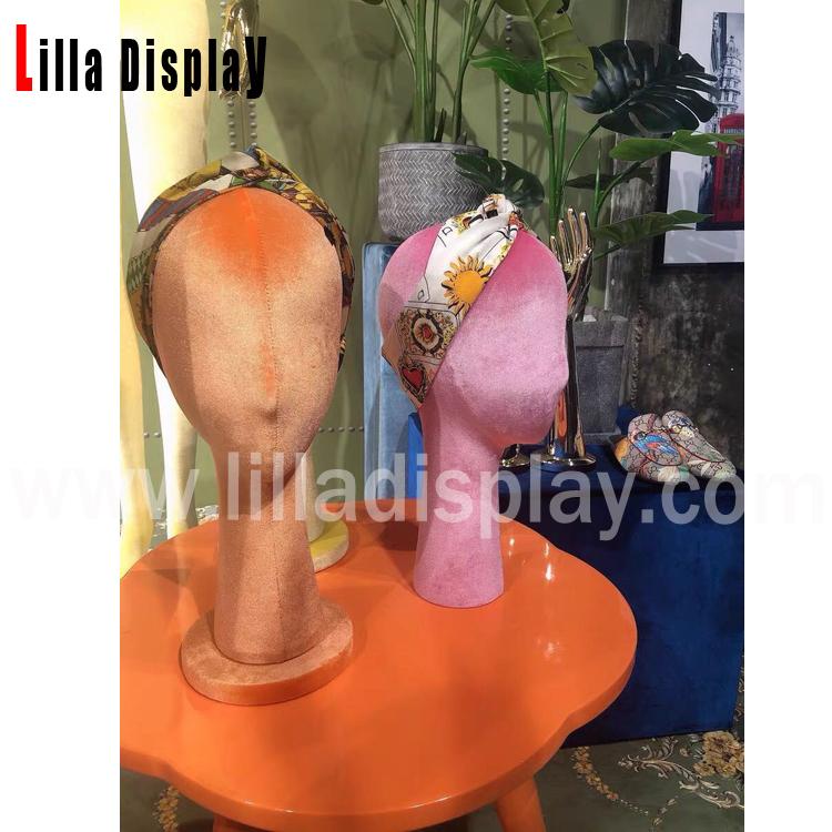 Tête de mannequin de vitrine en velours coloré Tina